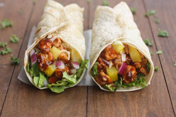 d2hawaiian-bbq-chicken-wraps