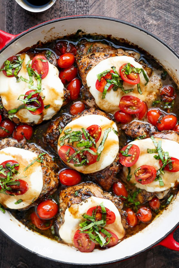 d2balsamic-caprese-chicken