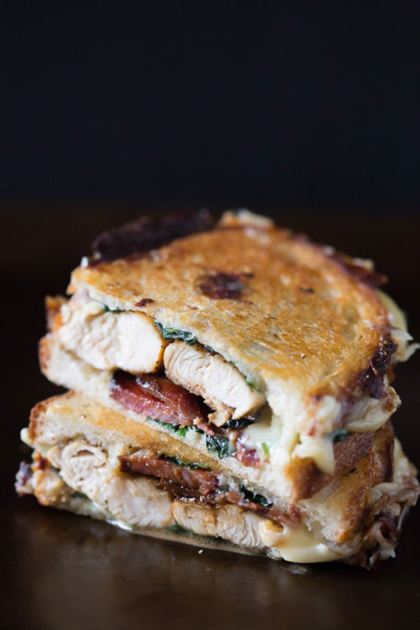 d2chickenbaconspinach-grilledsandwich