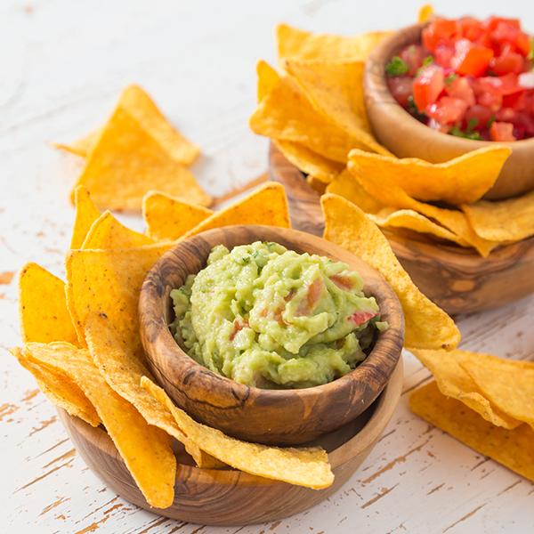 avocado guacamole and crispy chips
